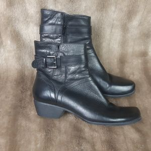 Genuine leather Luca Ferri ankle boots
